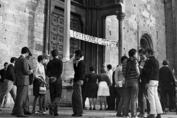 1968 Cattedrale occupata